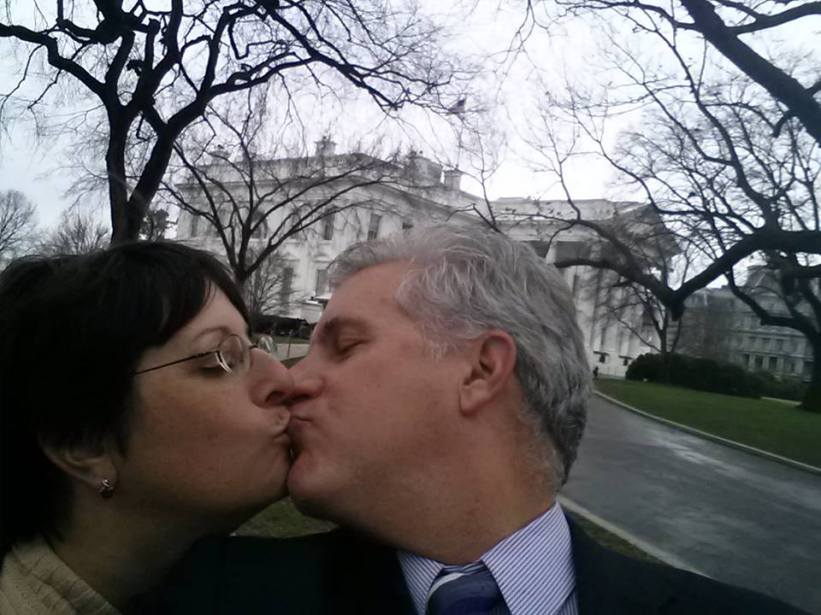 White House kiss
